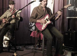 Micky Moody - Wonderful interaction between guitars...